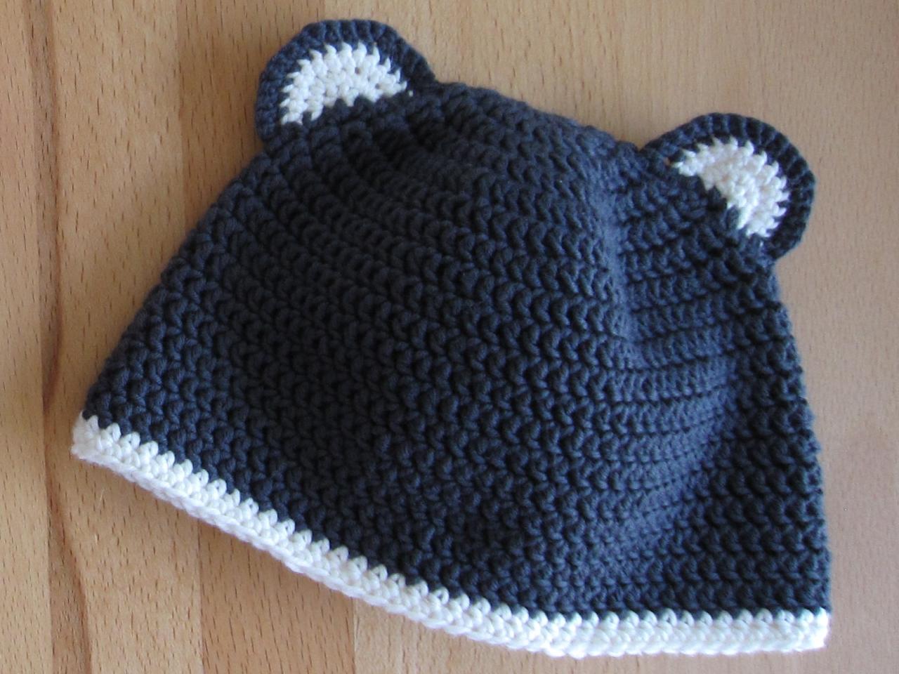 gehäkelte Mütze mit Teddybär Ohren