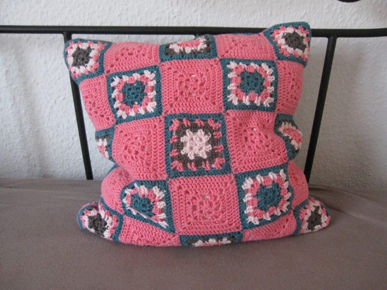 Granny Square Kissen pink/petrol
