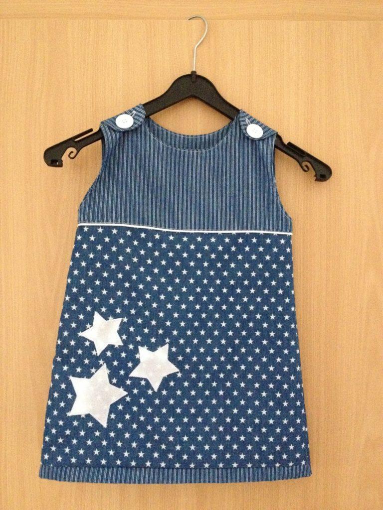 A-Linien Kleid mit Sternen