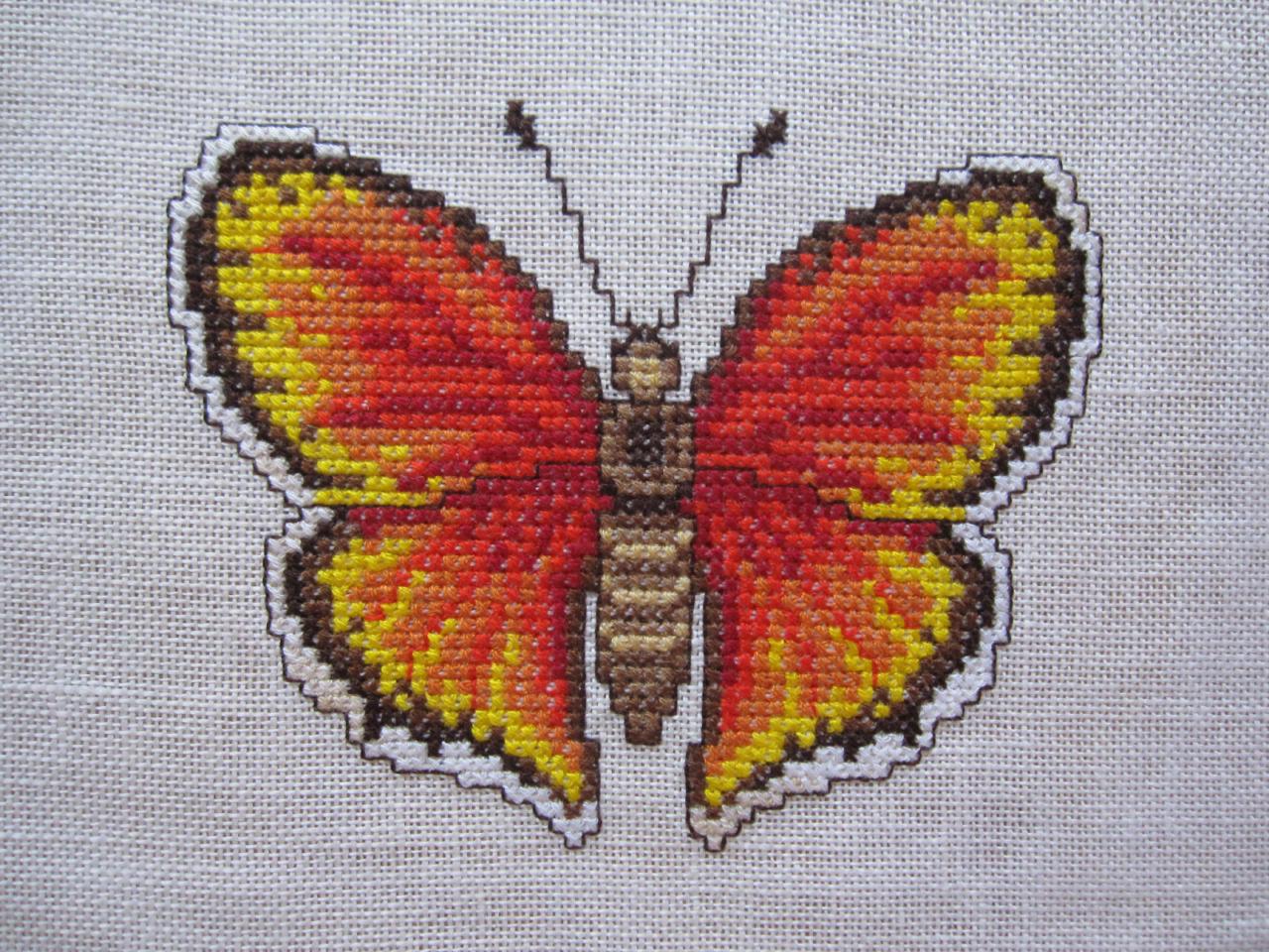 gestickter Schmetterling in orange – Feuerfalter